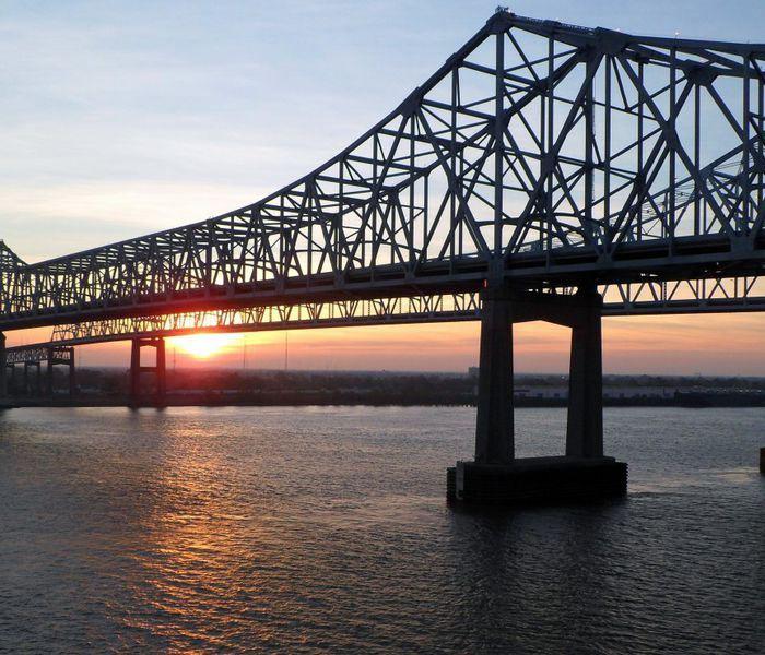 new orleans westbank bridge over mississippi river